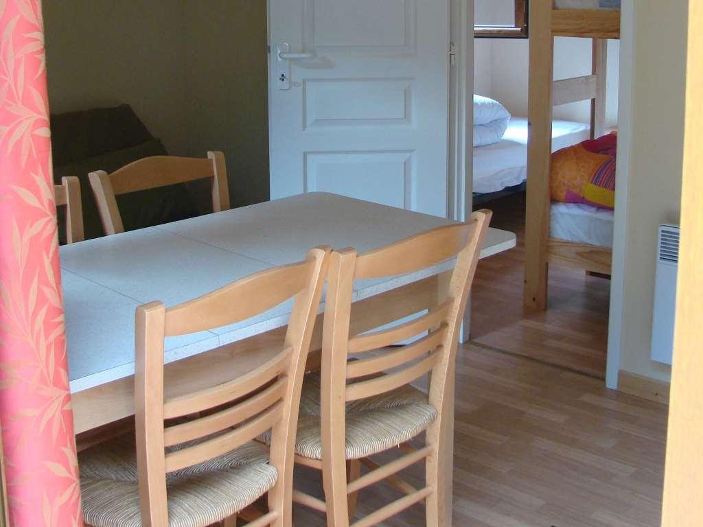 Un intérieur cosy de nos chalets au Domaine de la Bretonnière